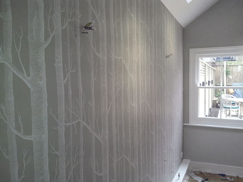 Portfolio of painting and decorating work pinner middlesex - How to wallpaper stairs and landing ...